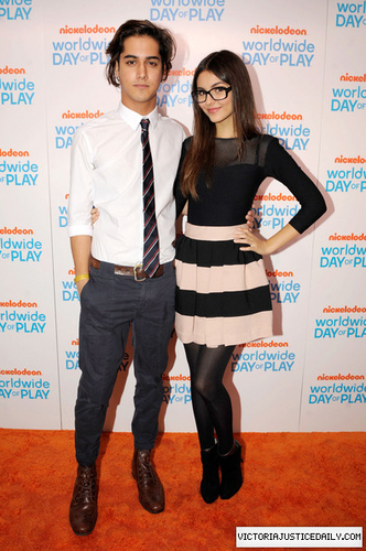 Nickelodeon Celebrates 8th Annual Worldwide Day Of Play - Orange Carpet