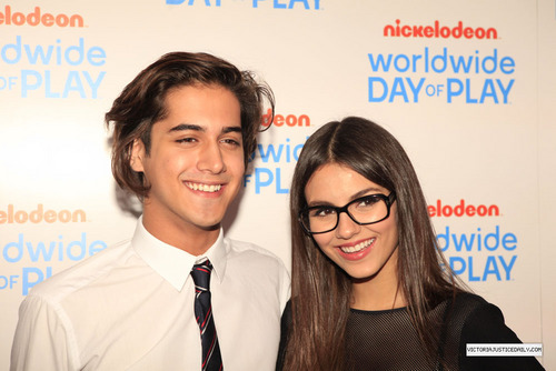 Nickelodeon Celebrates 8th Annual Worldwide Tag Of Play - orange Carpet