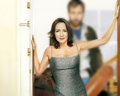 patricia heaton wallpaper possibly with a coquetel dress, a jantar dress, and a strapless called Patricia Heaton