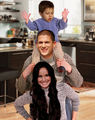 Prison Break - Michael, Sara, MJ - michael-scofield photo