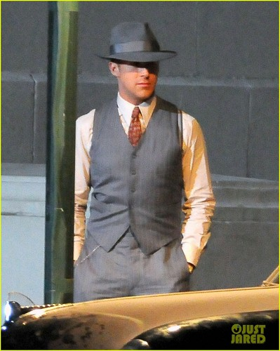 Ryan gosling کے, بطخا & Josh Brolin: 'Gangster' Guys