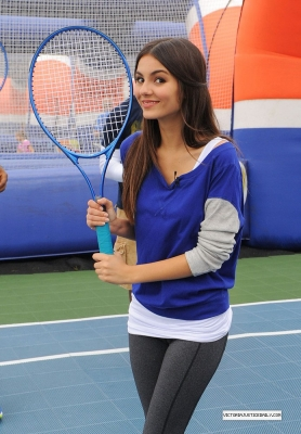 Victoria Justice- World Wide Day Of Play 8th annual
