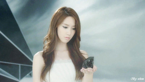 "Yoona ""The Boys"""