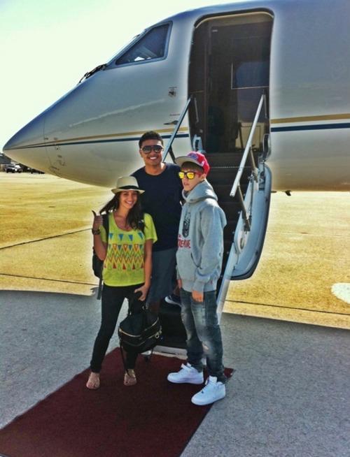 justin,alfredo & carin :) - Justin Bieber Photo (25722029) - Fanpop