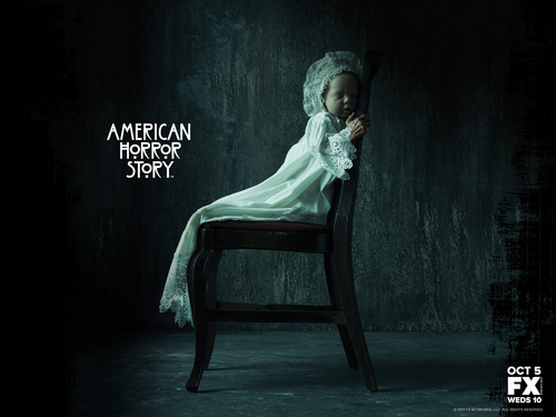American Horror Story karatasi la kupamba ukuta possibly with a sign entitled American Horror Story