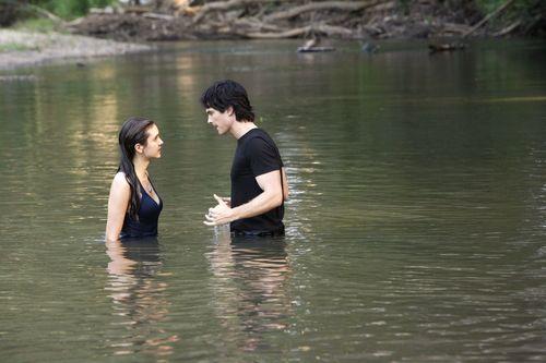 Damon and Elena - The Hydrid(3x02) HQ Still