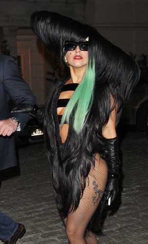 Gaga Leaving her hotel in London