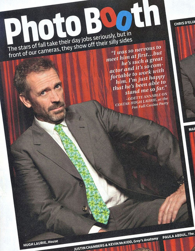 HUGH LAURIE- IN THE TVGUIDE PHOTOBOOTH