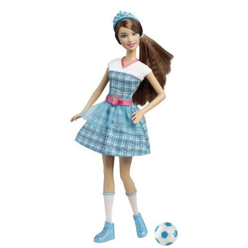 Hadley as a doll