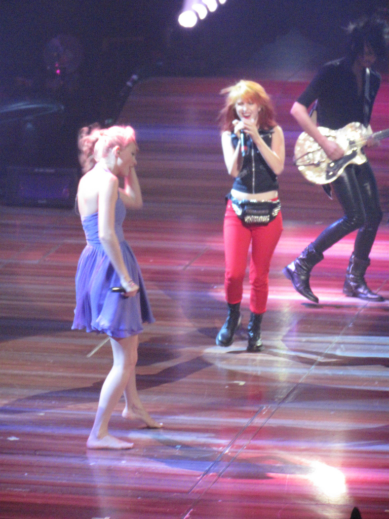 Hayley And Taylor Swift - Hayley Williams Photo (25812905 ...