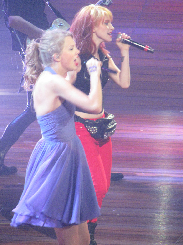 Hayley And Taylor Swift - Hayley Williams Photo (25813063 ...