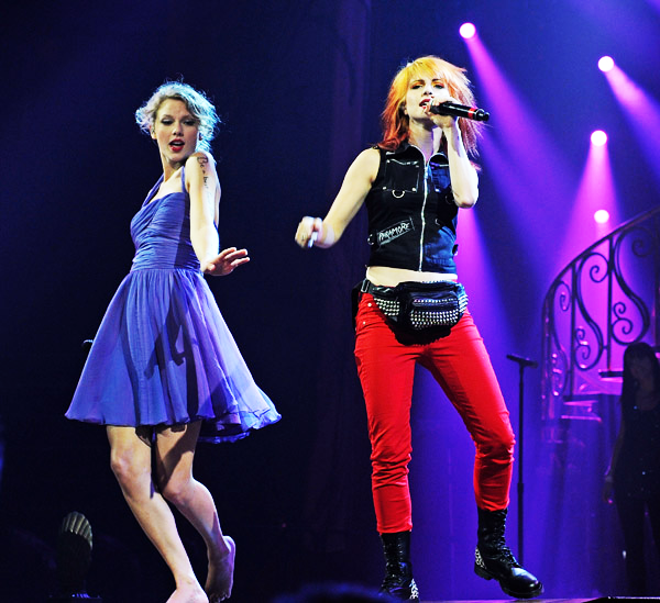 Hayley And Taylor Swift - Hayley Williams Photo (25813069 ...