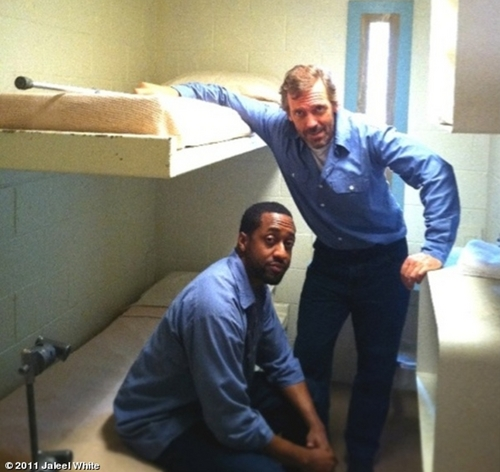 House M.D. wallpaper possibly containing a packing box called Hugh Laurie and Jaleel White- Set House season8-  twenty vicodin