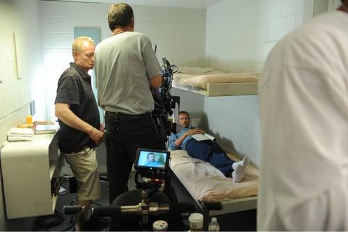 (Hugh Laurie)House- Behind the Scenes-twenty vicodin)season8