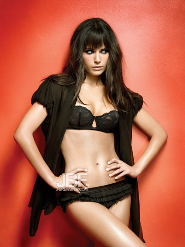 Jordana Brewster kertas dinding probably with a bikini, a lingerie, and attractiveness titled Jordana Brewster ♥