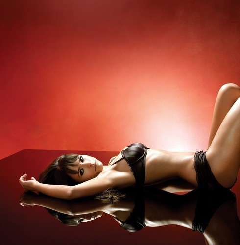 Jordana Brewster wallpaper with a lingerie, skin, and a brassiere titled Jordana Brewster ♥