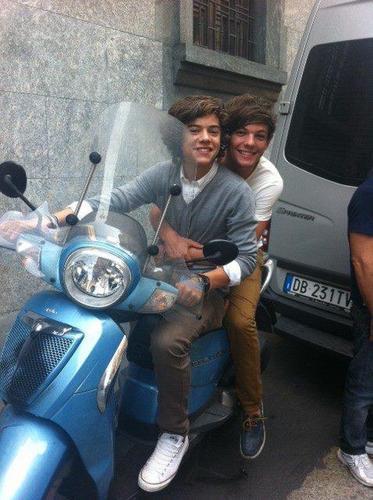 Larry♥