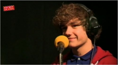 Liam 7 Oct 2011 on Radio 1