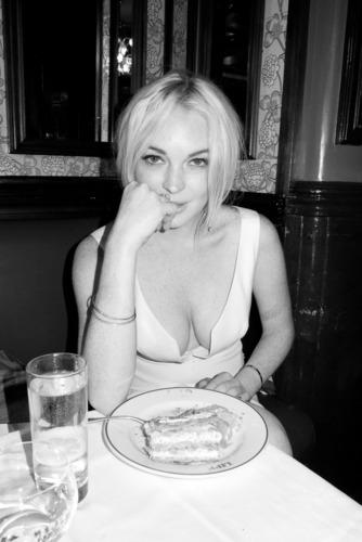 Lindsay Lohan – Terry Richardson Photoshoot Candids