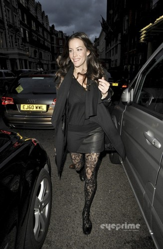 Liv Tyler leaves her Hotel in London, Oct 5