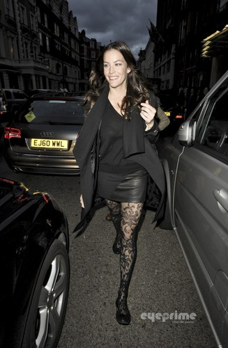 Liv Tyler leaves her Hotel in London, Oct 5