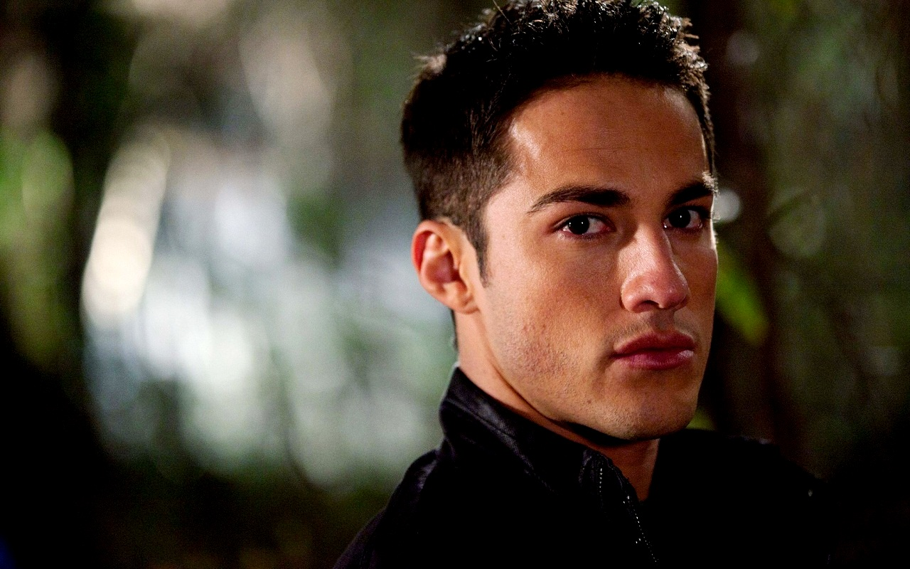 Michael Trevino - Picture Hot