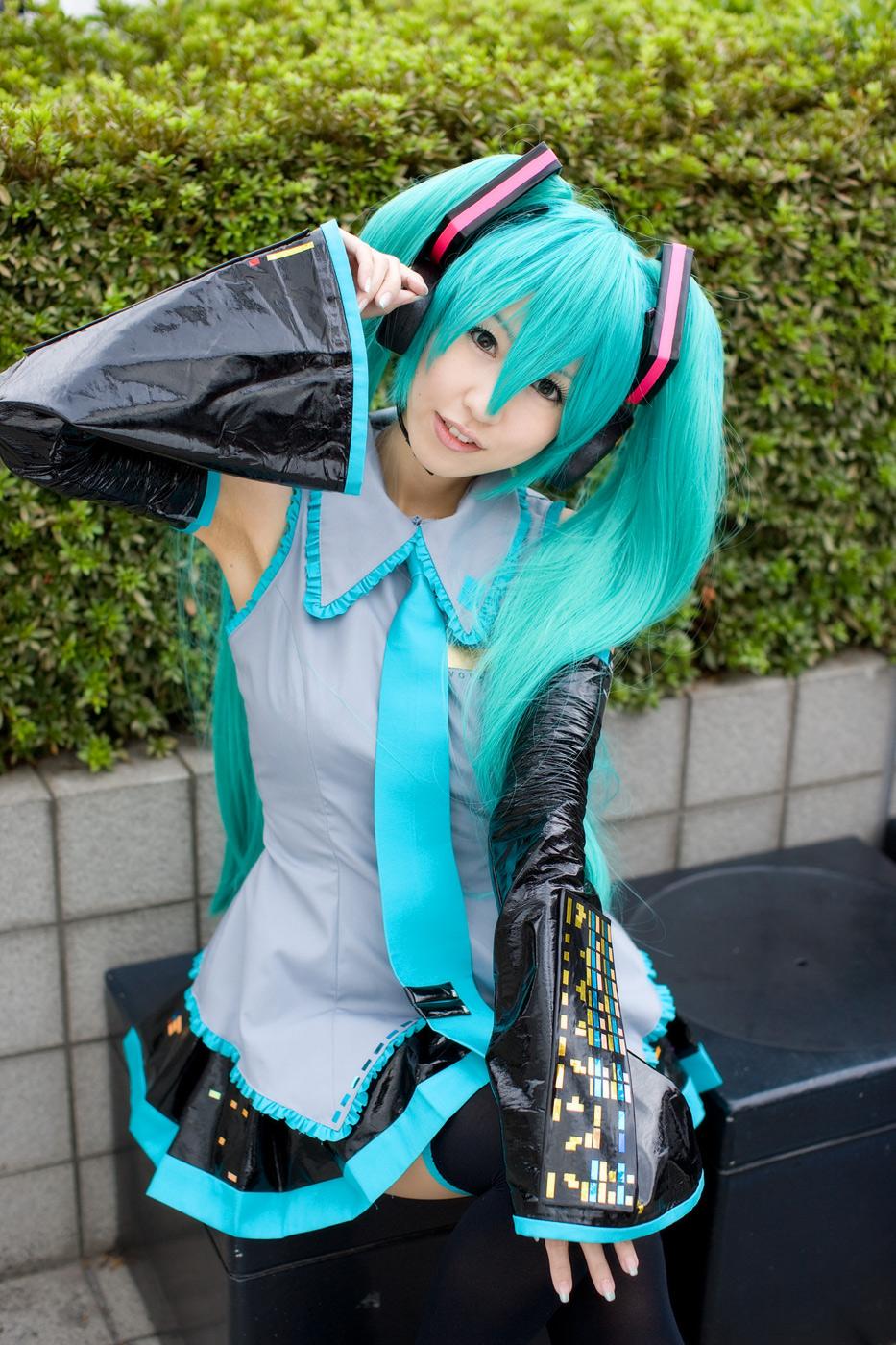 hatsune miku cosplay - photo #1