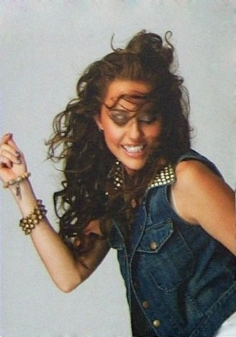 Miley 2009 Wonder World Tour PhotoShoot