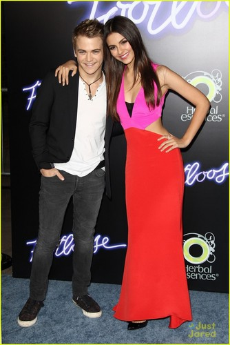 Victoria Justice: 'Footloose' Premiere Pretty