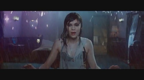 Jessie J wallpaper with a televisi receiver and a high definition televisi called Who anda Are [Music Video]