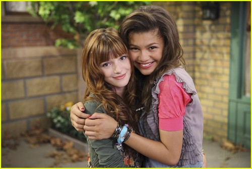 Zendaya&Bella