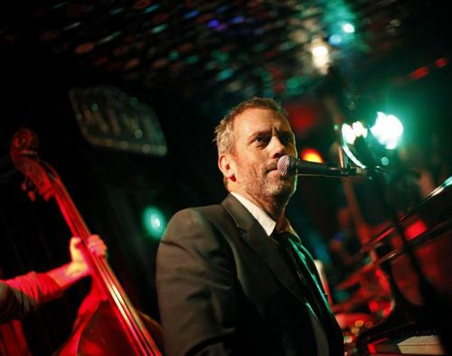 hugh laurie at the mint 9/30/11
