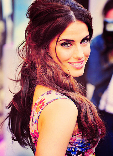 Jessica Lowndes Обои possibly with a portrait titled ► jessica lowndes;