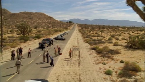 The Mentalist wallpaper containing a carriageway called 1x06- Red Handed
