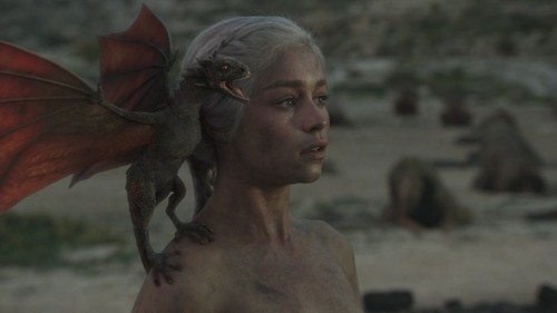 "1x10 ""Fire and Blood"" - daenerys-targaryen Screencap"