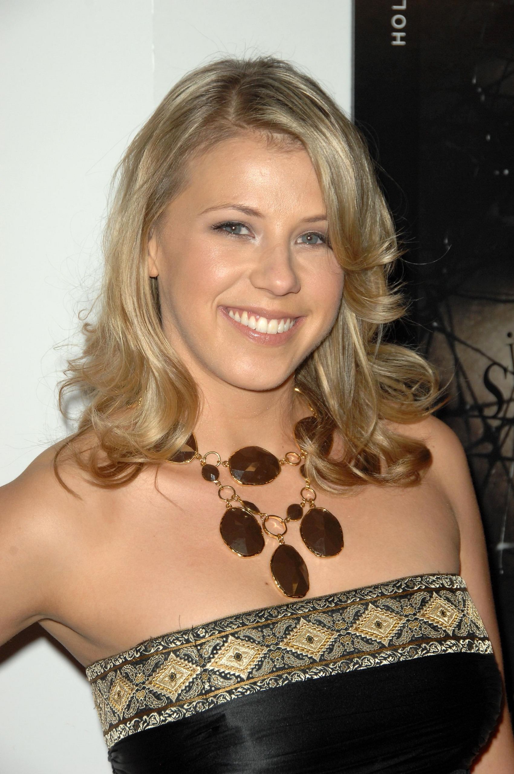 5th Annual Hollywood Style Awards - Jodie Sweetin Photo (25990693 ...