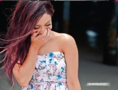 Ariana laughing!!!!♥♥