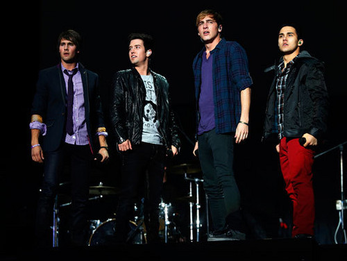 Big Time Rush コンサート in Mexico City
