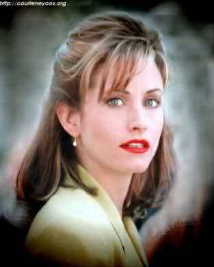 Horror فلمیں پیپر وال with a portrait and attractiveness titled Courteney Cox Arquette - Scream (1996)