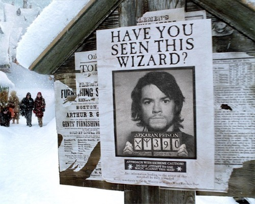 Have Ты Seen This Wizard?