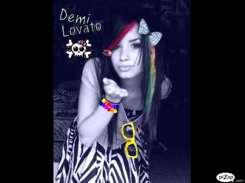 Demi<3 :X