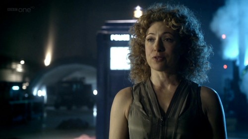The Doctor and River Song karatasi la kupamba ukuta probably with a tamasha titled Doctor/River - 6x07 - A Good Man Goes To War