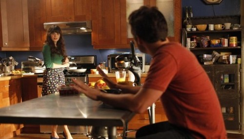Episode 1.05 - Cece Crashes - Promotional تصاویر