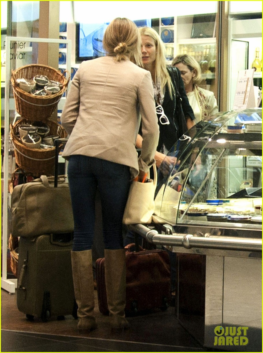 Gwyneth Paltrow & Cameron Diaz: Heathrow Departure Duo