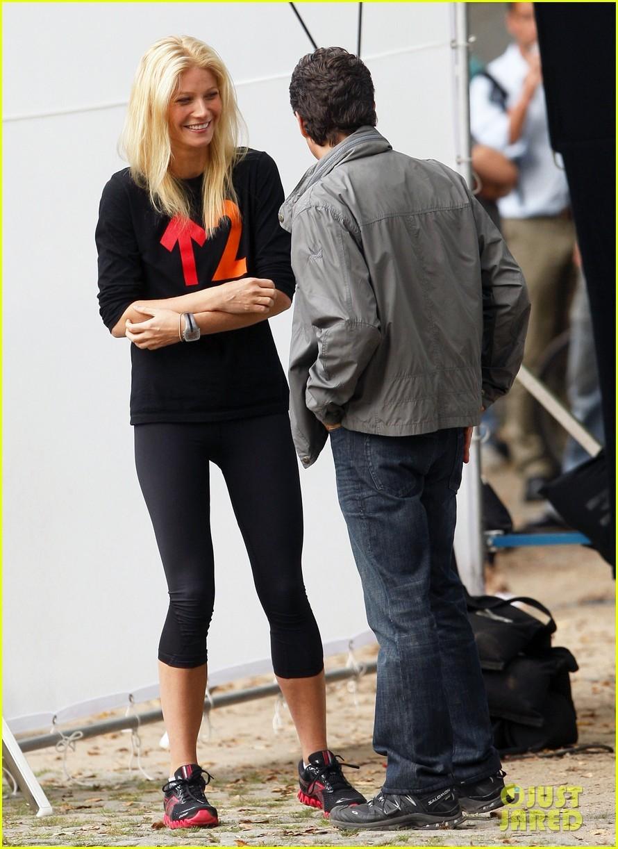 Gwyneth Paltrow: 'Thanks for Sharing' Set with Mark Ruffalo!