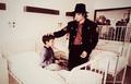 Hospital Visit - michael-jackson photo