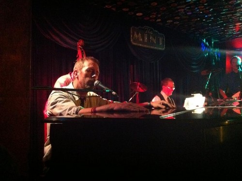 Hugh Laurie at The Mint- set/ 2011