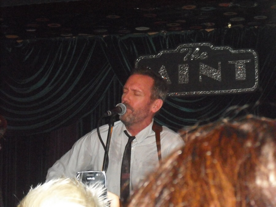 Hugh Laurie at the Mint. 9/30/11