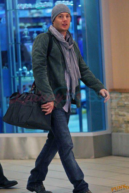 Jared & Jensen & Gen && Cliff At The Airport