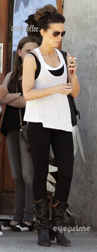 Kate Beckinsale out for a Bike Ride in Santa Monica, Oct 9